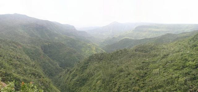 Panorámica Gorges Rivière Noire