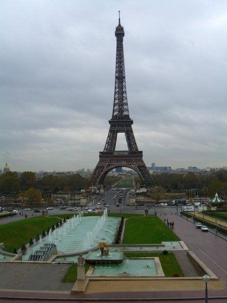 Jardines de Trocadero y la torre Eiffel