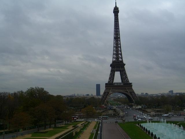 Torres Eiffel y Montparnasse