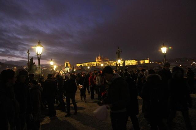 El puente de Carlos IV de noche