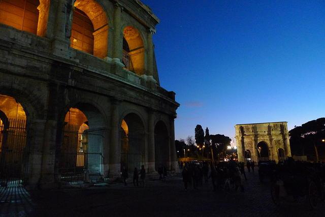 Coliseo y Arco de Constantino